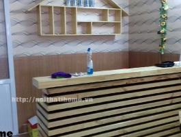 Quầy bar gỗ thông nhà hàng đẹp