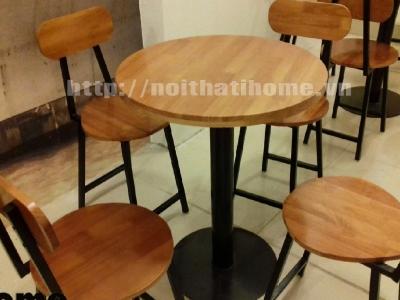 Hình ảnh Bàn ghế cà phê phong cách bar