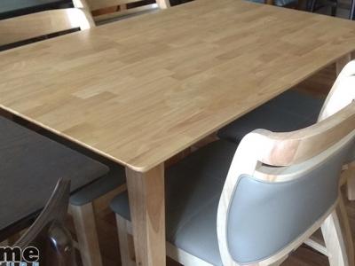 Hình ảnh Bộ bàn ghế ăn cho nhà hàng đẹp, chất liệu bền