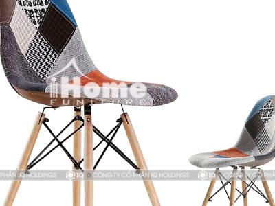 Hình ảnh Ghế cafe Eames bọc đệm chân gỗ