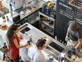 Thiết kế quán cafe như thế nào để không bị mờ nhạt?